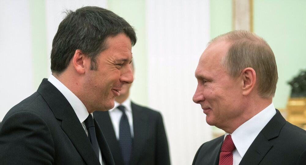 Vladimir Poutine et Matteo Renzi, à Moscou