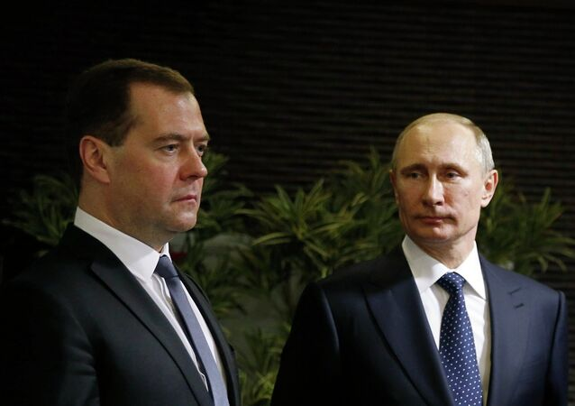 Dmitri Medvedev et Vladimir Putin