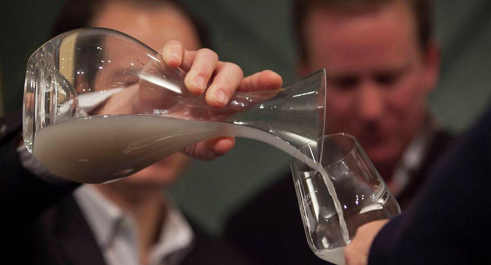 Bouteille de vin vieux de 150 ans découverte sur l'épave d'un navire américain Mary Celestia