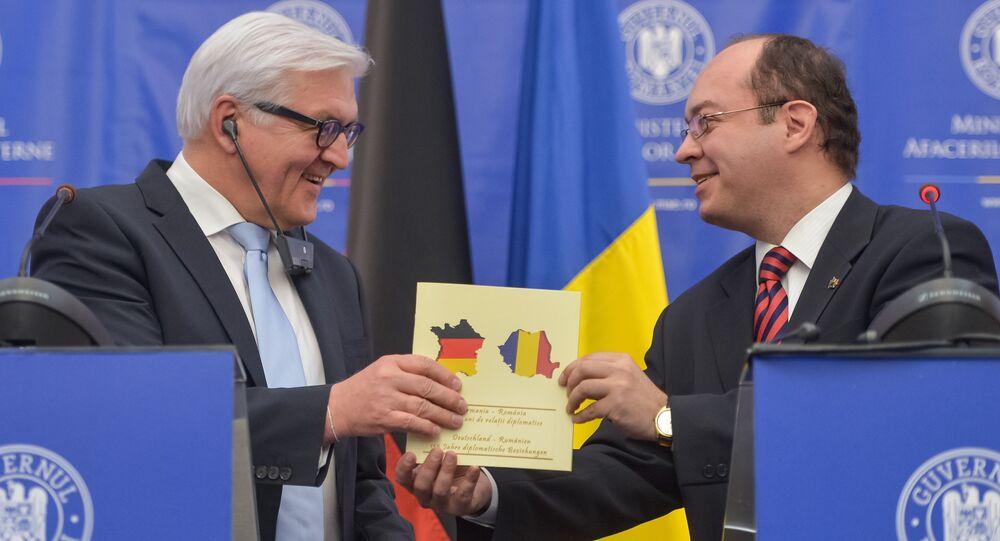 Frank-Walter Steinmeier (à gauche) et Bogdan Aurescu