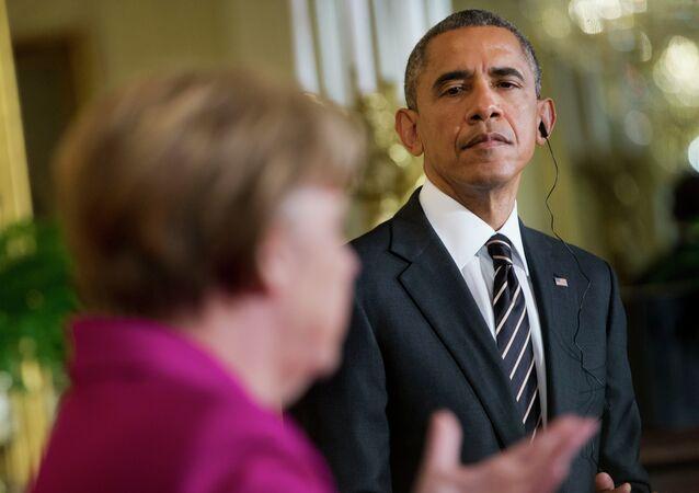 Barack Obama (à droite) et Angela Merkel