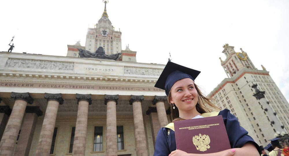 une diplômée russe