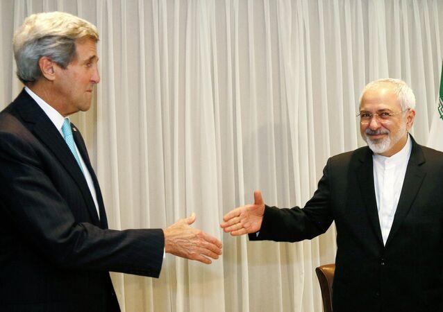 Javad Zarif et John Kerry, Jan. 14, 2015