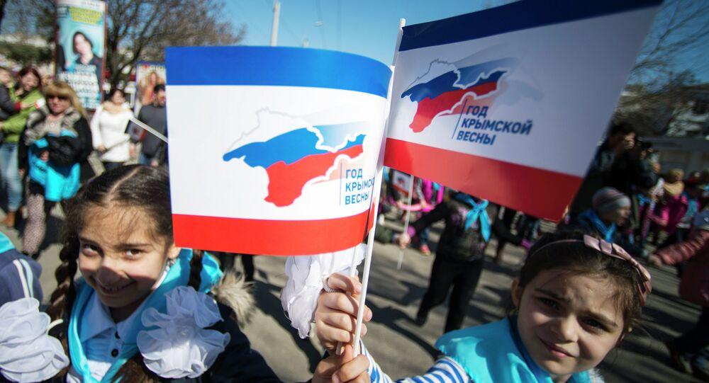 Journaliste: restituer la Crimée à l'Ukraine violerait les droits des habitants
