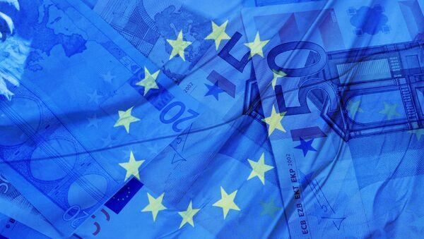 Money and flag of the European Union - Sputnik France