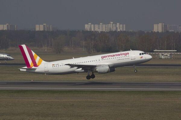 Самолет компании Germanwings Аэробус A320 - Sputnik France