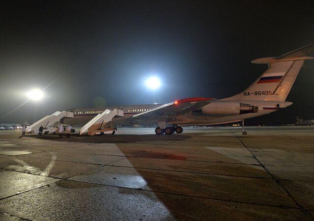 Avion russe avec les evacués du Yémen à l'aérodrome Tchkalovski dans la région de Moscou