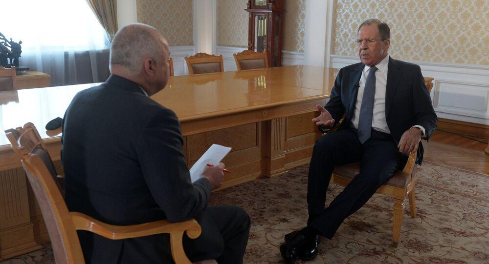 Sergueï Lavrov et  Dmitry Kisselev
