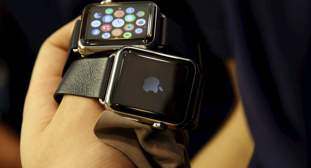 Des Apple exposées dans un Apple Store à Pékin le 10 avril 2015