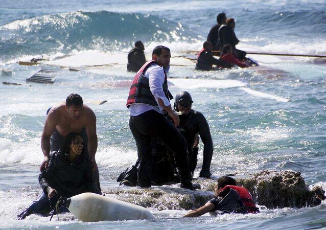 Migrants sauvés par les gardes-côtes