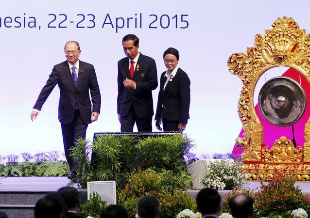Thein Sein, Joko Widodo et Retno Marsudi