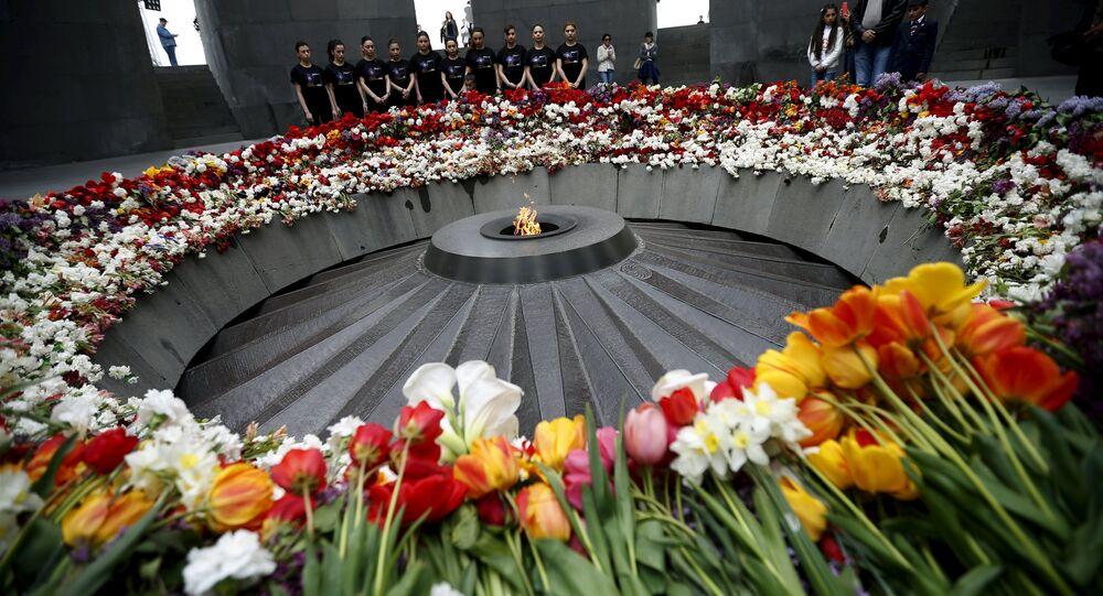 People mourn at the Tsitsernakaberd Armenian Genocide Memorial Museum in Yerevan
