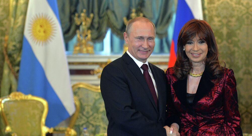 Le président russe Vladimir Poutine et son homologue argentine Cristina Fernández de Kirchner