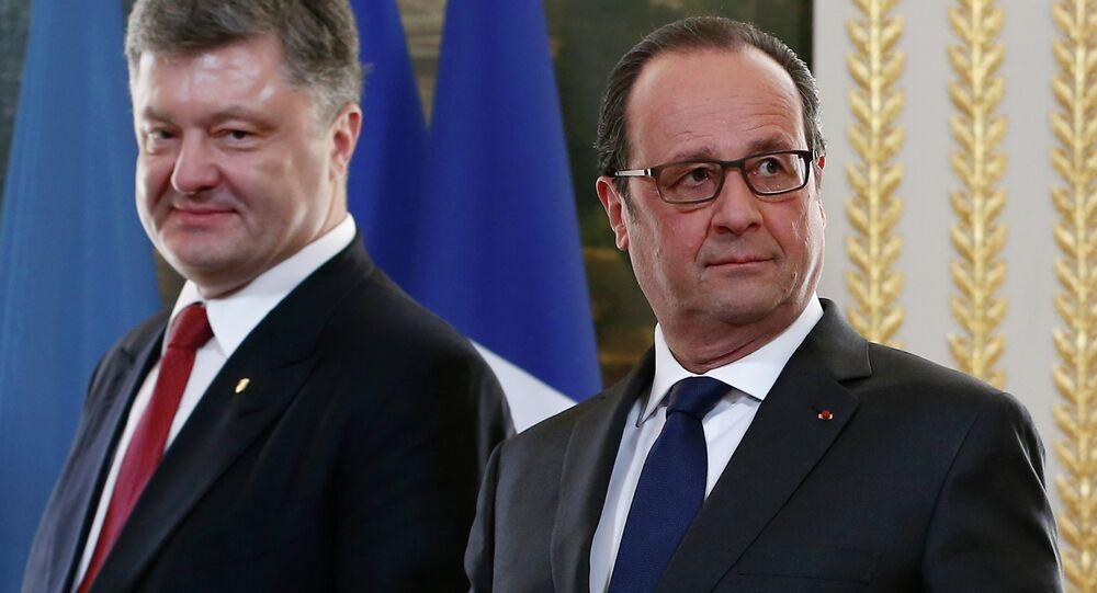 Le président français François Hollande et le président ukrainien Piotr Porochenko