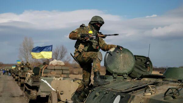 A convoy of Ukrainian armed forces - Sputnik France