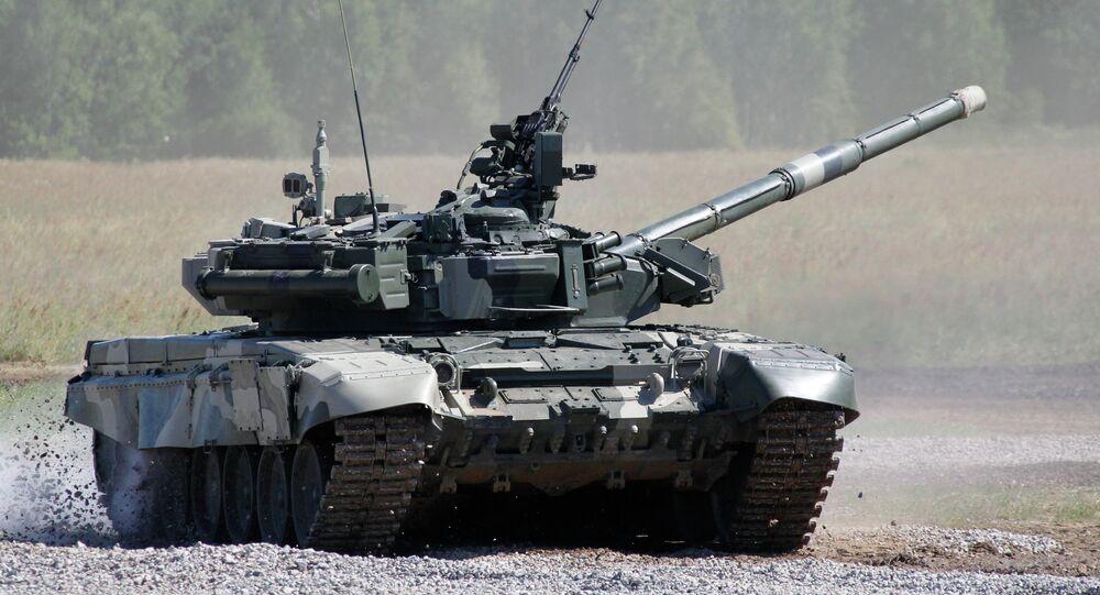 Le T-80