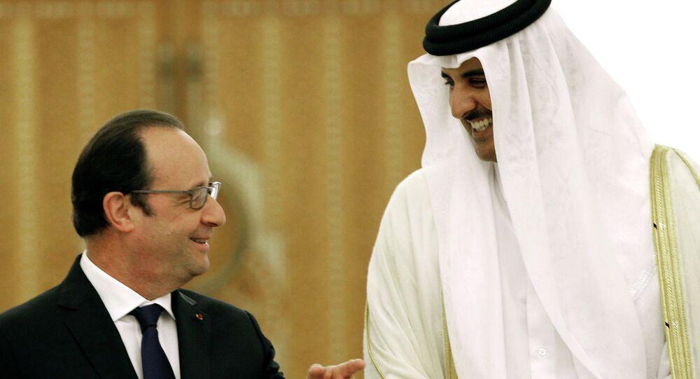 Président français François Hollande et l'émir du Qatar Tamim ben Hamad Al Thani