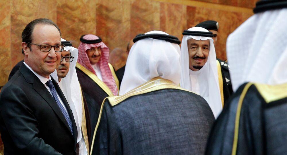Le président Hollande opte pour les monarchies arabes