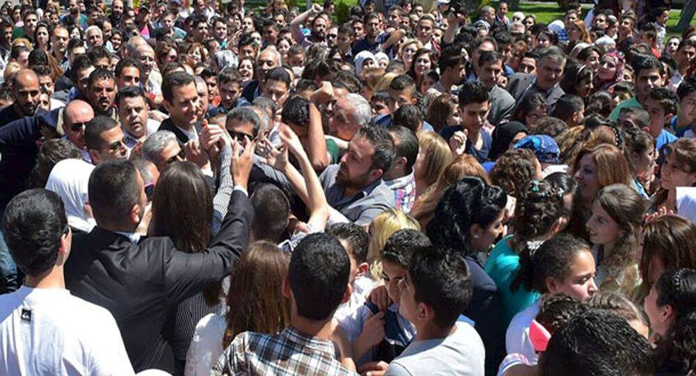 Le président syrien a pris part aux cérémonies organisées à l'occasion de la Fête des martyrs.
