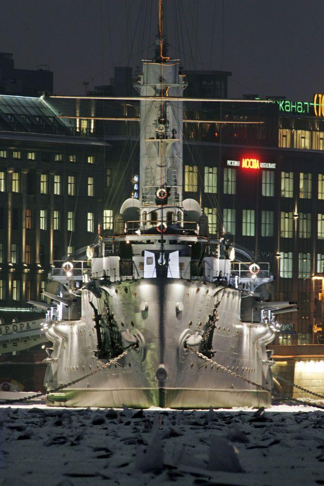 Croiseur Aurore à Neva à Saint-Pétersbourg, le 11 janvier 2006