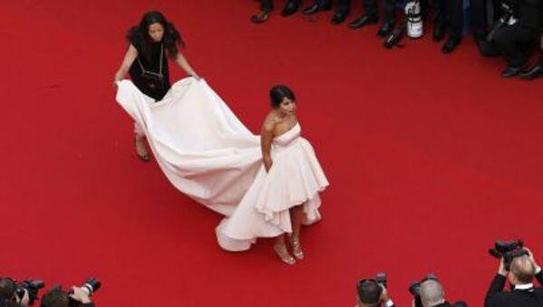 Французская актриса Лейла Бехти на открытии 68-го Каннского кинофестиваля - Sputnik France