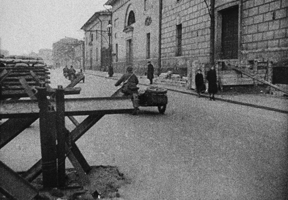 La défense antichars au centre de Moscou, 1941