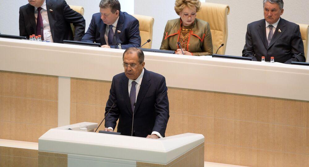 Sergueï Lavrov intervenant au Conseil de la Fédération