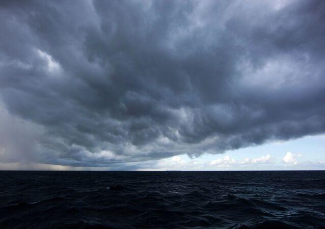 Une tempête approche