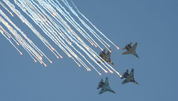 Международный этап конкурса воздушной выучки экипажей авиации Авиадартс-2014. День шестой - Sputnik France
