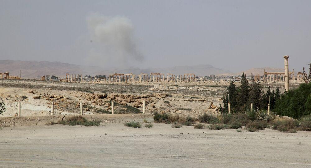 Fumée au-dessus de Palmyre