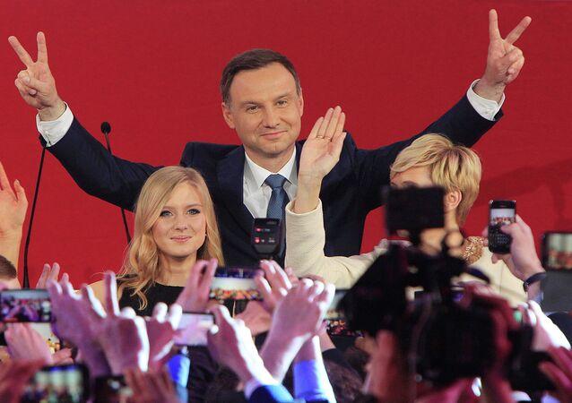 Andrzej Duda avec avec sa fille Kinga, Mai 24, 2015