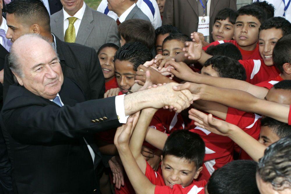 Le président de la FIFA Joseph Blatter en visite en Jordanie