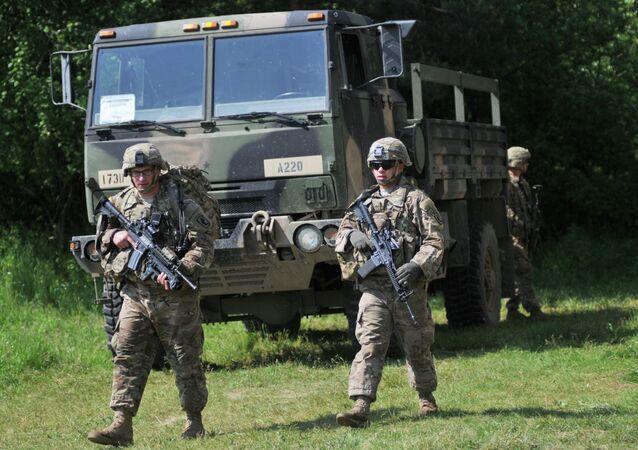 Les militaires ukrainiens formés par des soldats US