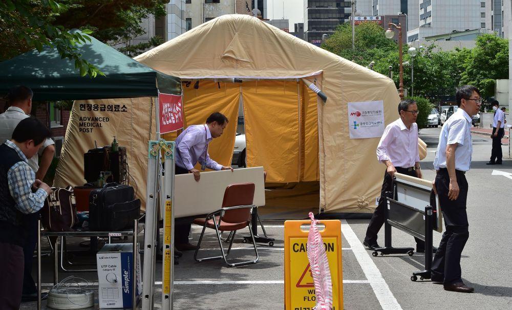 Un centre d'accueil des urgences spécial pour les personnes contaminées par le virus MERS, a été aménagé au Centre médical national à Séoul