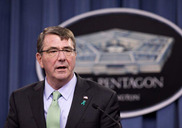 Ministre US de la Défense Ashton Carter