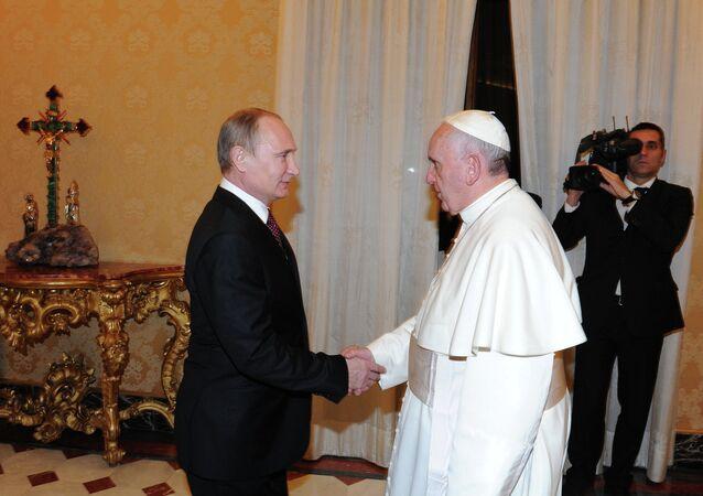 Vladimir Poutine et pape François au Vatican