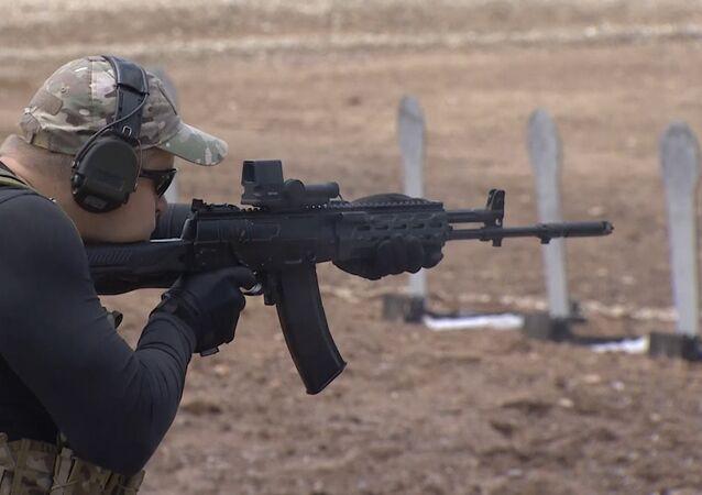 Armée-2015: Kalachnikov présente un prototype d'un nouveau pistolet