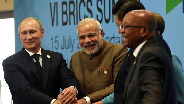 Líderes de los países BRICS, Vladímir Putin, Narendra Modi, Dilma Rousseff, Xi Jinping y Jacob Zuma - Sputnik France