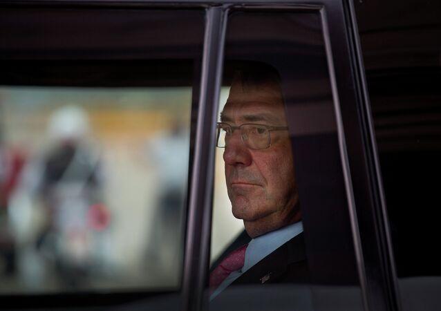 Ashton Carter, secrétaire à la Défense des États-Unis.