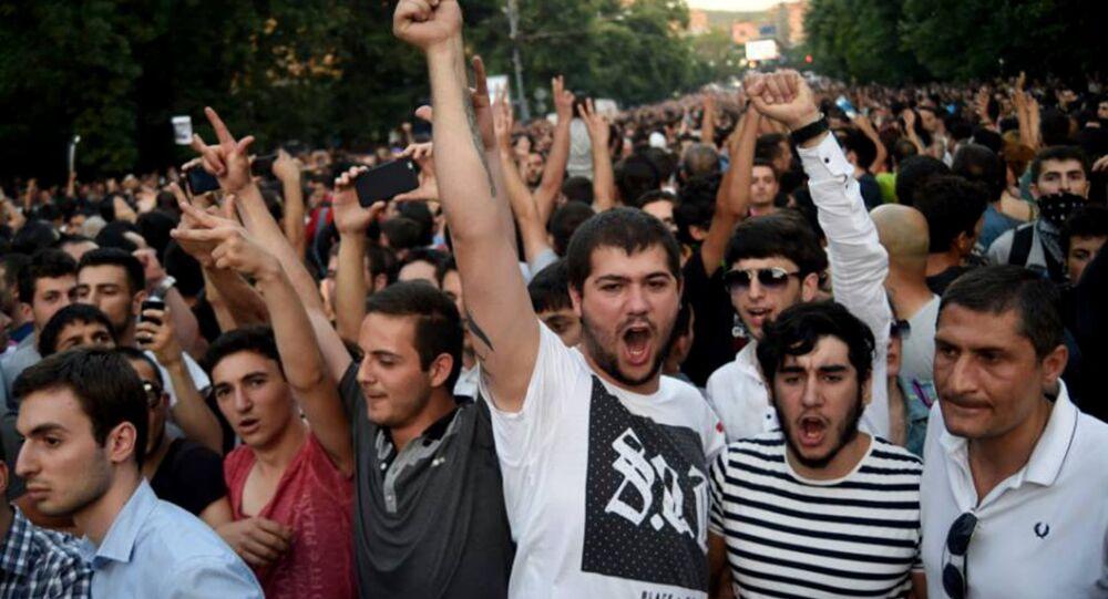 Protestations à Erevan