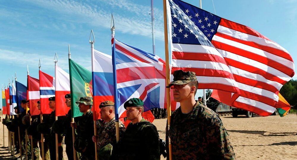 Soldats de l'OTAN. Photo d'illustration