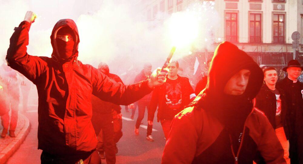 La marche du Mouvement national (ensemble d'associations d'extrême droite), Pologne