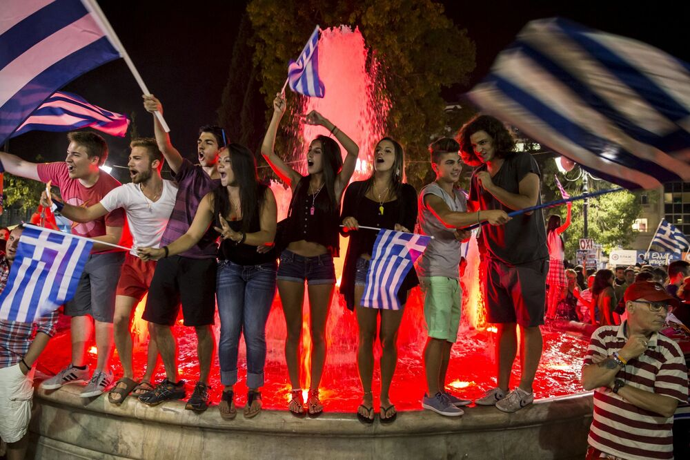 La Grèce fête les résultats du référendum