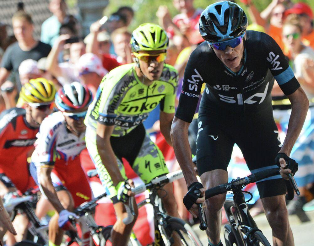 Tour de France 2015: chute spectaculaire lors de la 3ième étape