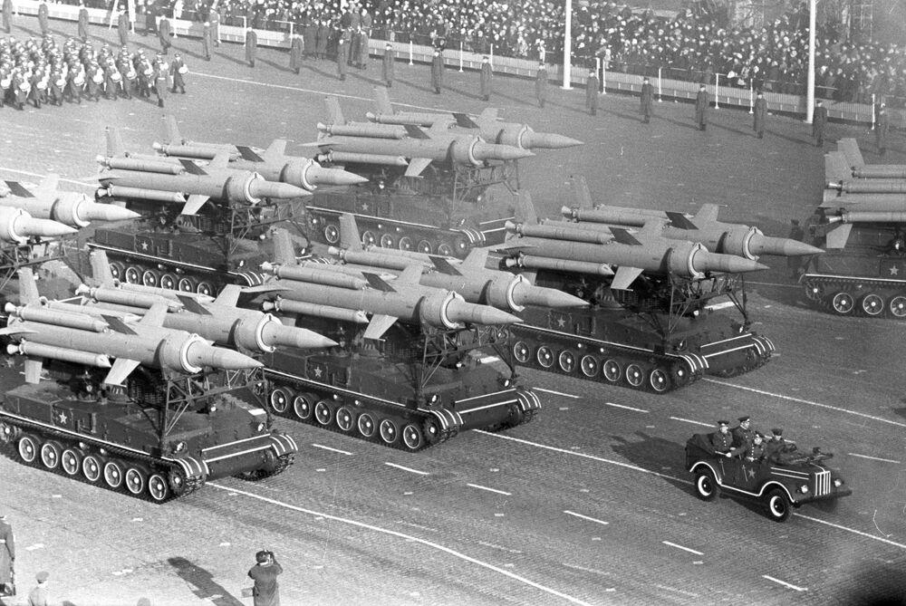 Des systèmes de missiles sol-air S-25 Berkout qui ont fait partie pendant 30 ans du bouclier antiaérien de Moscou