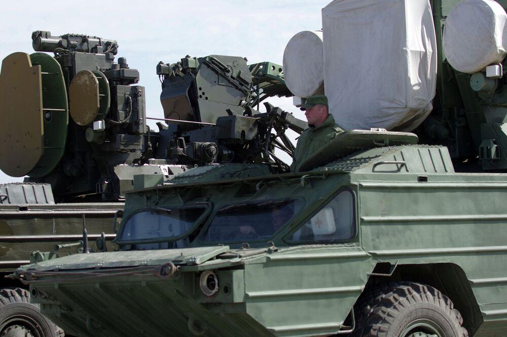 Des systèmes antiaériens Ossa lors de la répétition de la Parade de la Victoire à Sébastopol