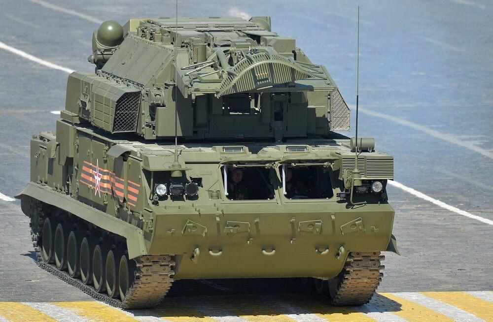 Un TOR-M2U, système tout-temps de missiles tactiques sol-air
