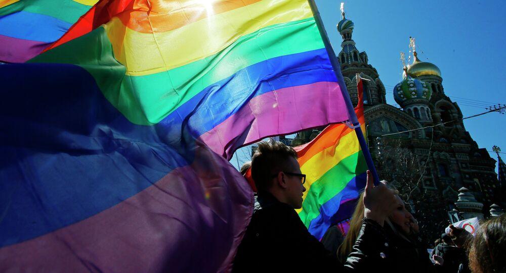 Une manifestation du mouvement LGBT à Saint-Pétersbourg