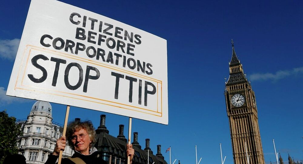Manifestation contre l'accord TTIP à Londres