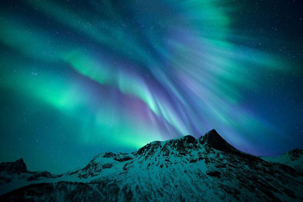 Une aurore boréale au-dessus de l'île Senja, Norvège